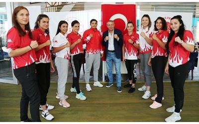 Olimpik Kadın Boks Milli Takımı Bulgaristan yolcusu