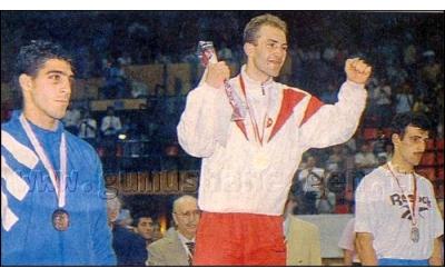 1994 75 Kilo Gençler Dünya Boks Şampiyonu Mustafa Genç